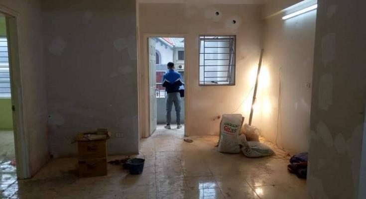 Thuê thợ sơn nhà nhân công có được không?